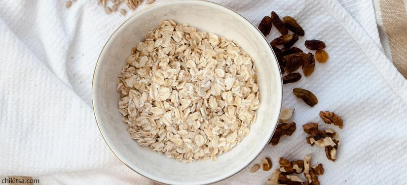 Oatmeal-best home remedy for sunburn on face